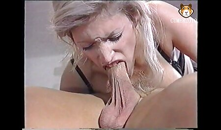 Girl fun on xnnx the table and licks pussies