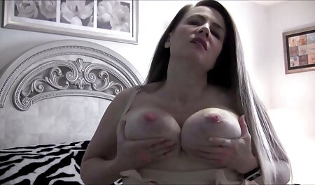 Slut dressed as Xena involved in parody sex lesbian sister sex videos