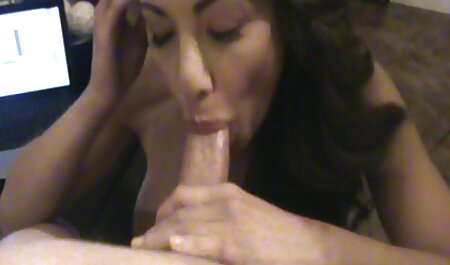 She took the penis In her mouth and then in her vagina. xxx hindi film