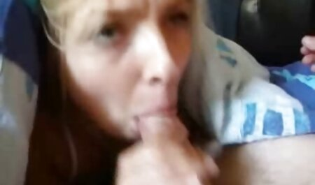 Women's bathroom defloration porn in front of the lens and stroking vagina