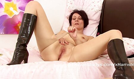 Crazy blowjob from a beautiful xxx video hindi wife