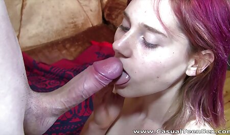 Brunette in leather corset and black stockings make a slave lick freeporn feet