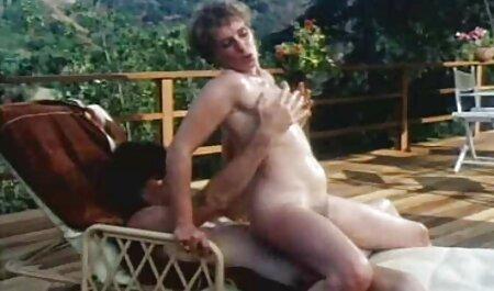 Gorgeous milf shows Zú naked on Bongacams xxx blue film