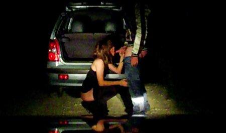 Schoolgirls 18 year old Anita naked in sex video mein laptop webcam first